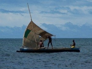 La Pirogue : L'embarcation de pêche traditionnelle