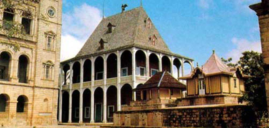 Les pavillons du Rova Antananarivo