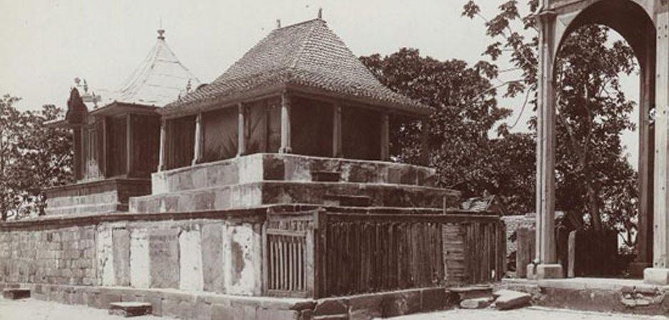 Les tombeaux du Rova Antananarivo