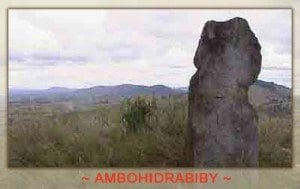 La colline d'Ambohidrabiby