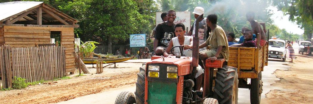 slide-madagascar-tracteur